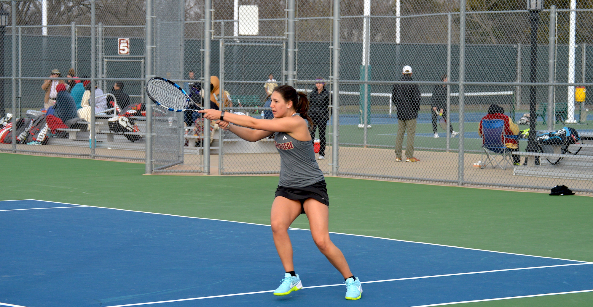 Women's Tennis Fall 9-0 to Patriots