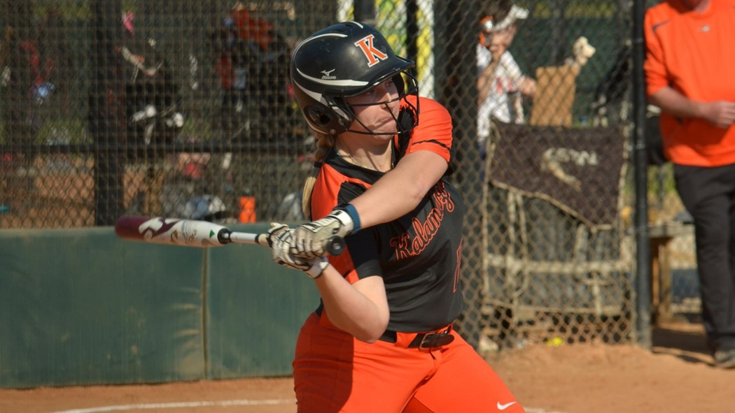 Keelin McManus playing softball.