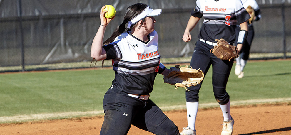 Two big innings lift Tusculum to doubleheader split with King