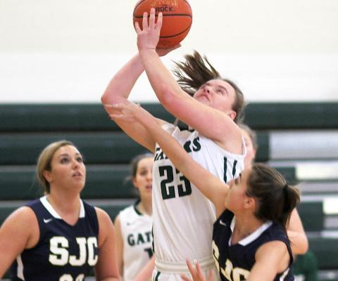 Sage women roll easily to 6th straight win, downing SJC 71-54