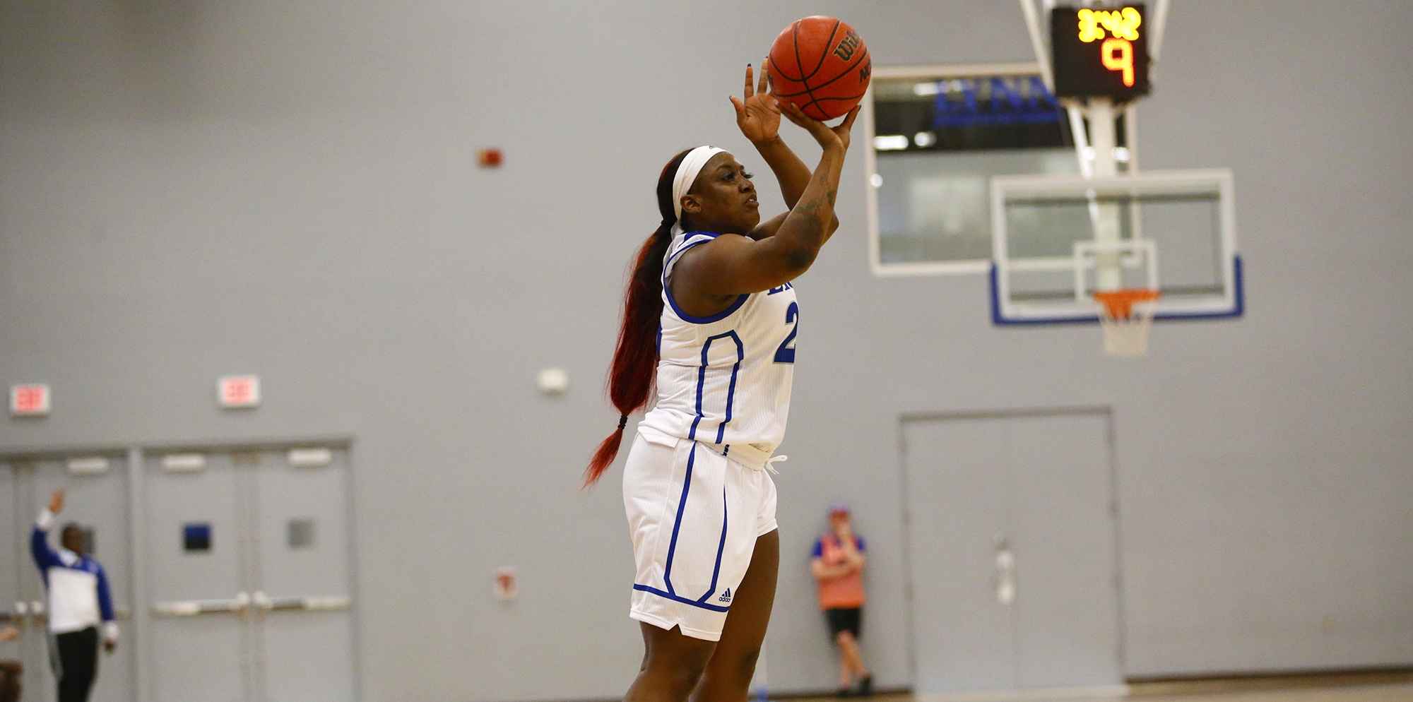 Women's Basketball Drops Exhibition to FAU