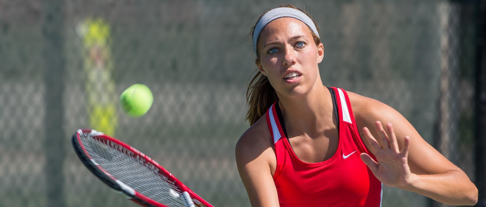 Women's Tennis Drops 6-3 Match At Davenport