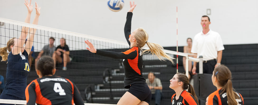 OXY VOLLEYBALL LOSES TO NEWEST CONFERENCE RIVAL IN FIVE