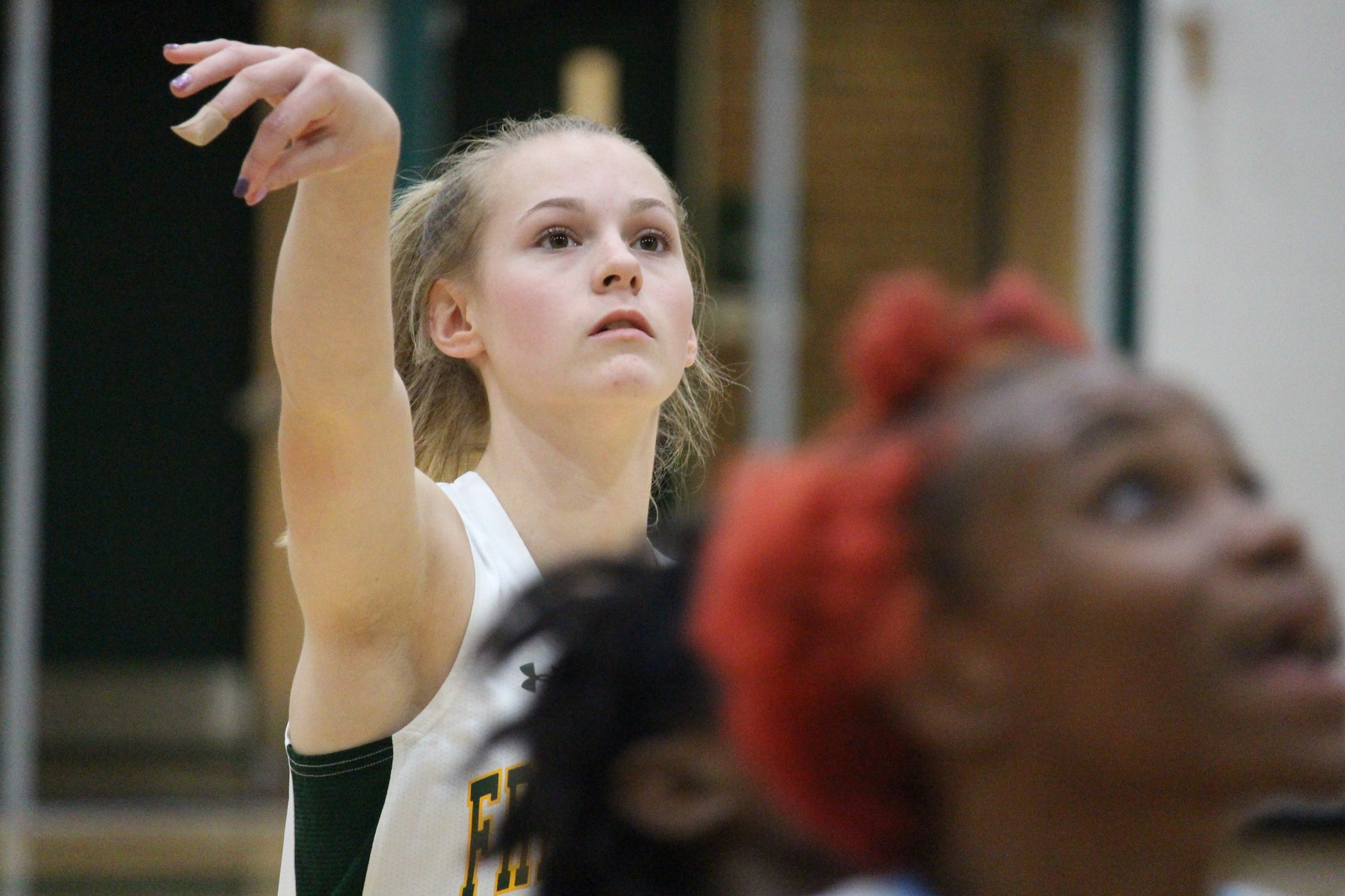Women's Basketball runs out of gas in 76-51 loss at Cecil