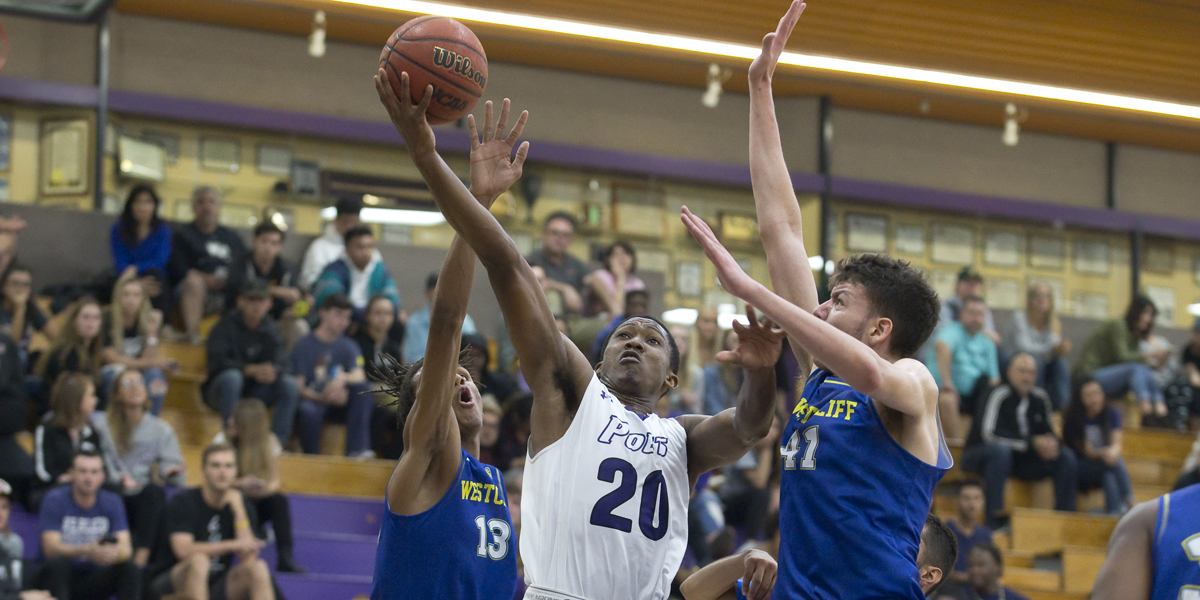 Men's Basketball puts up 98 against George Fox