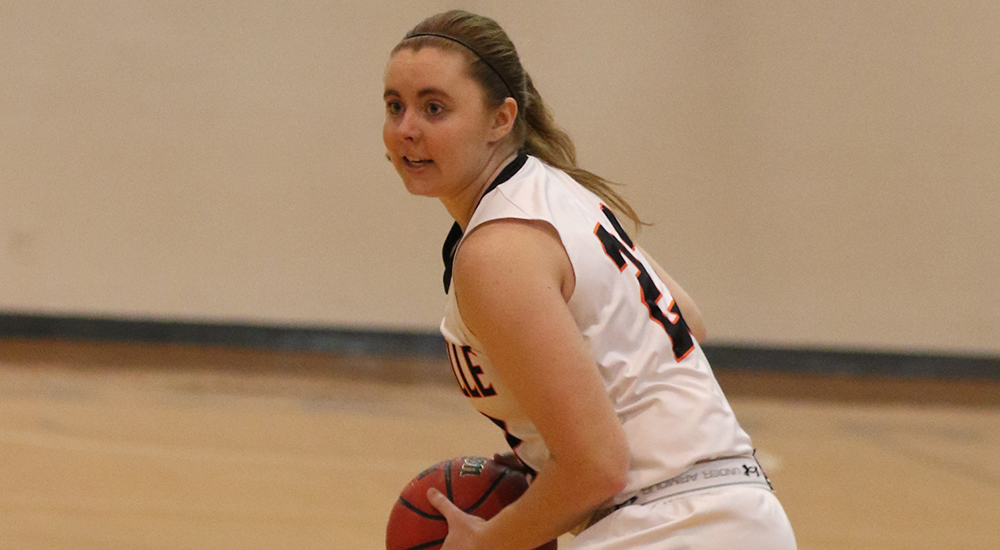 Women's basketball tops Spalding