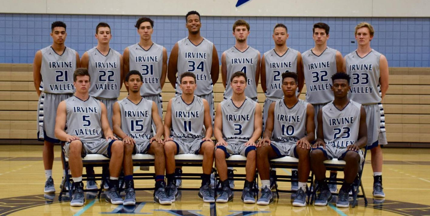 Men's basketball team wins two at Monterey Tournament