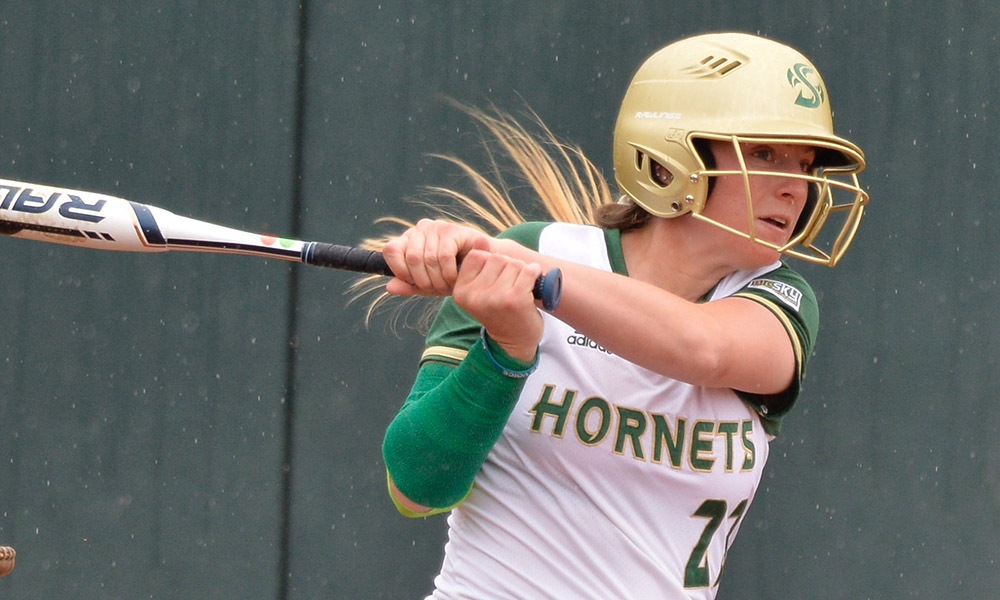 SOFTBALL HOSTS 3-GAME SERIES AGAINST MONTANA ON FRIDAY AND SATURDAY