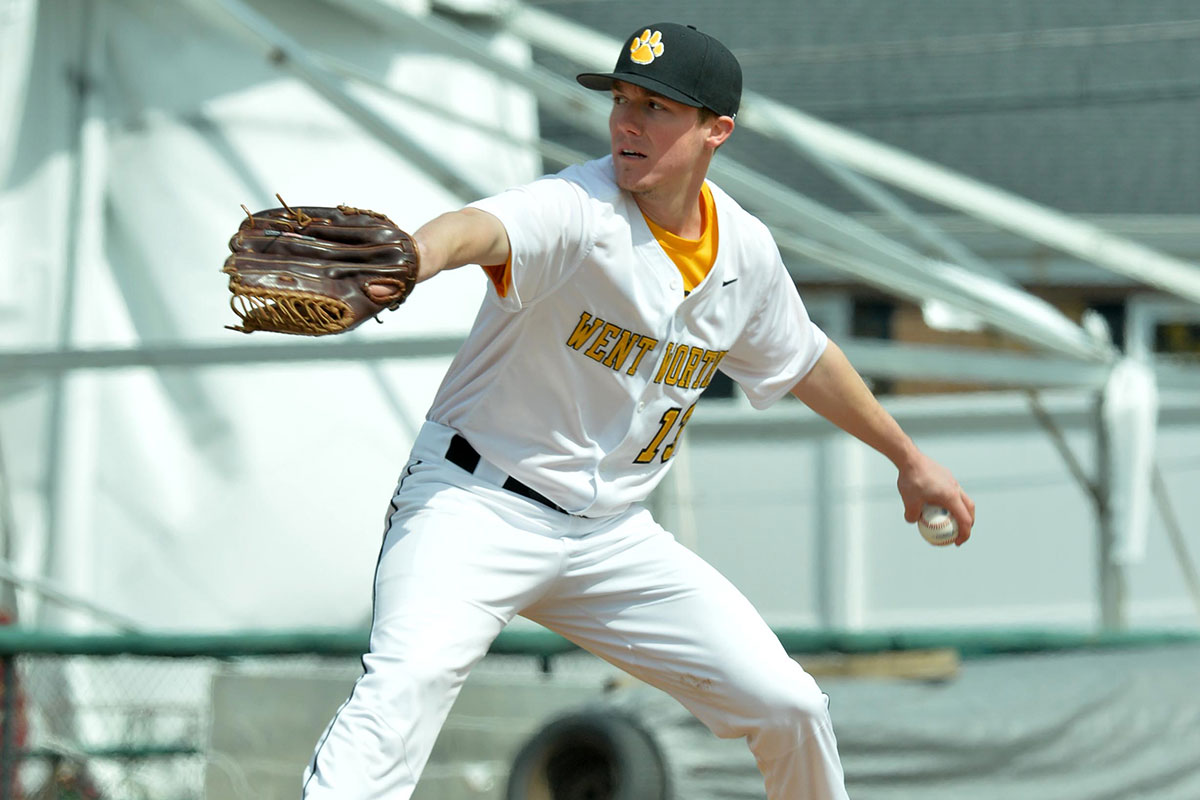 Mass. Maritime Rallies to Defeat Baseball
