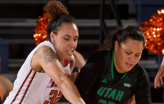 Game action vs Utah Valley (12.29.18)