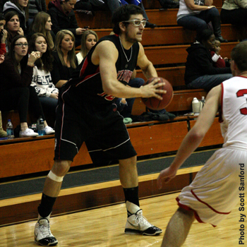 Foresters Pull Away in Second Half at Monmouth