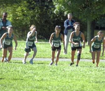 Women's Cross-Country Team Sets PRs at NJIT