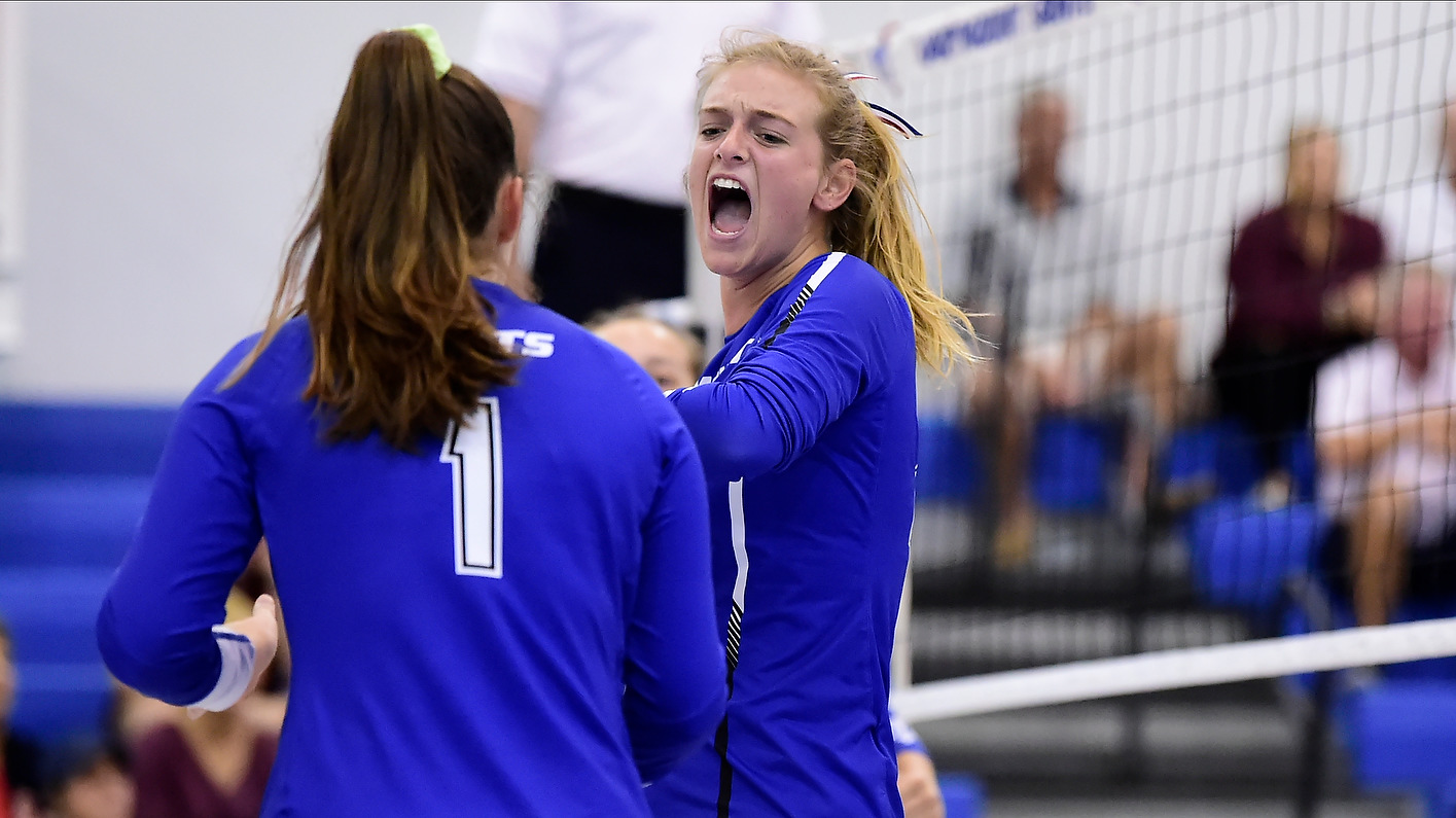 PERFECTION: Women's Volleyball Goes Perfect In League Play To Earn Top Seed In Tournament