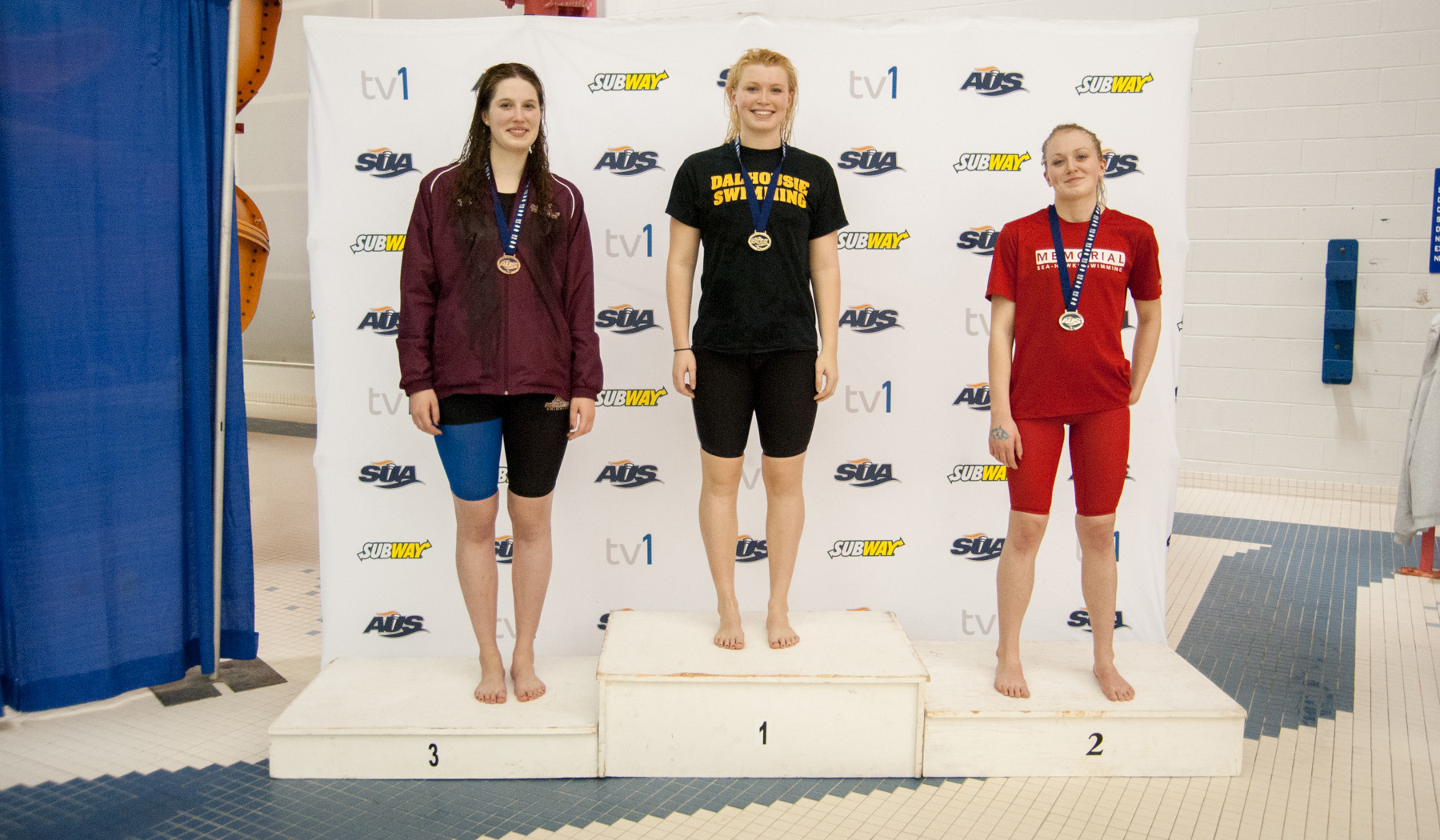 Mounties grab medals on the first day of 2017 Subway AUS Swim Championship