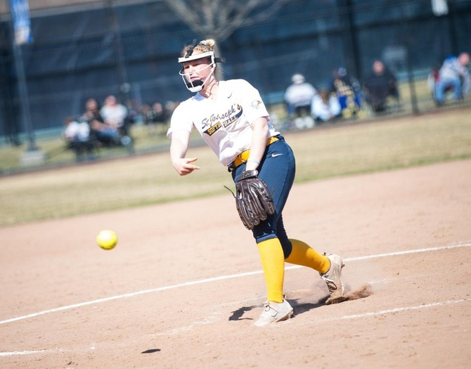 Softball Knocks Off Mt. St. Mary in Skyline Championship Opener
