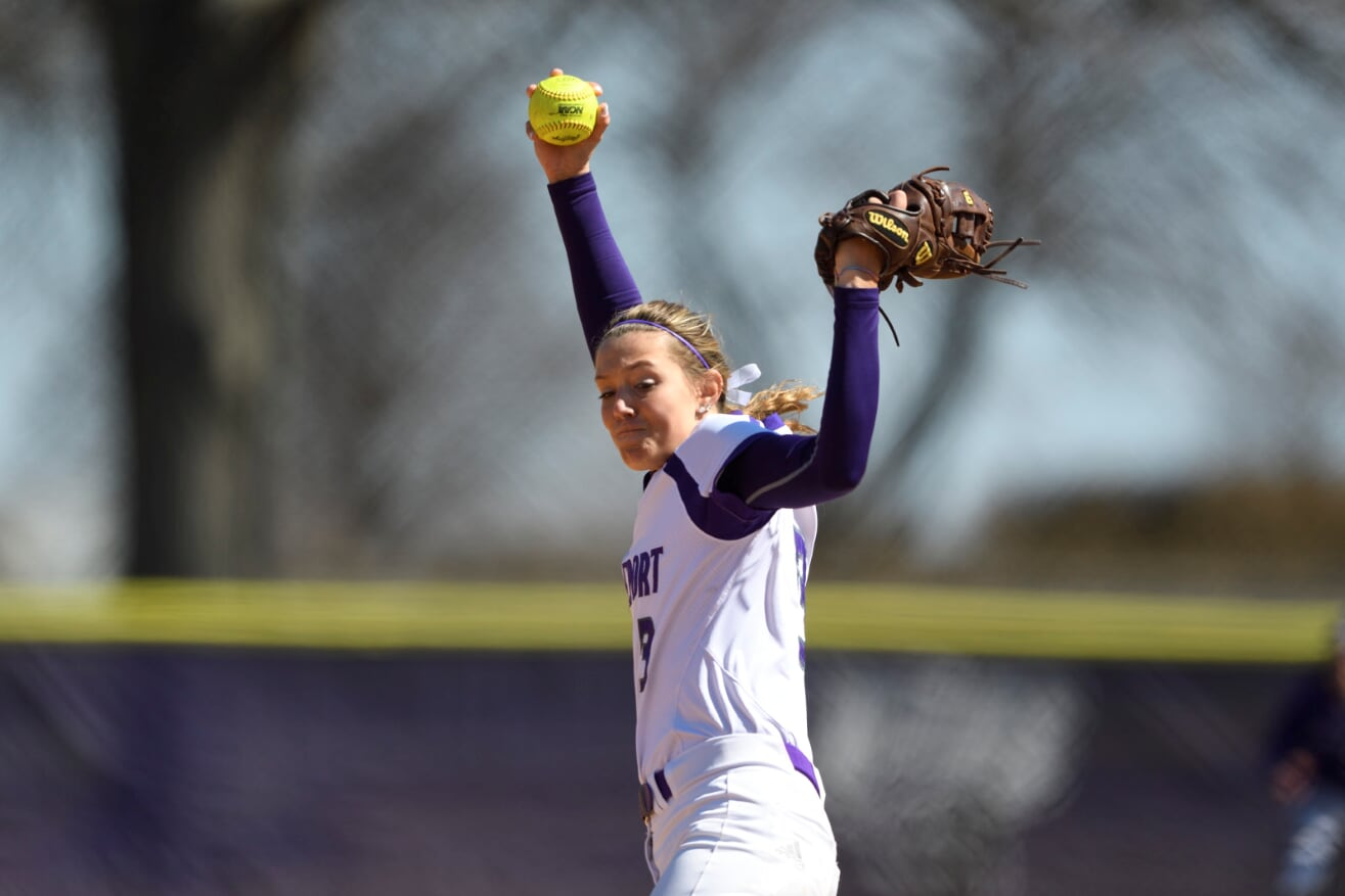 Bridgeport Softball Now 6-0 In Conference Play After Home Sweep Over Molloy