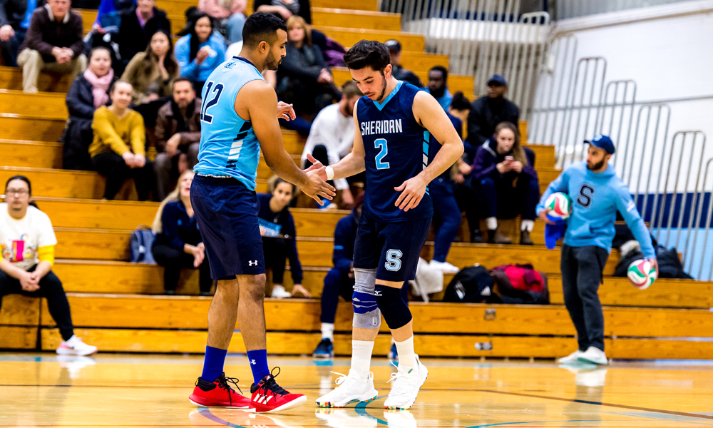 Men's volleyball drops 5-set heartbreaker to Niagara