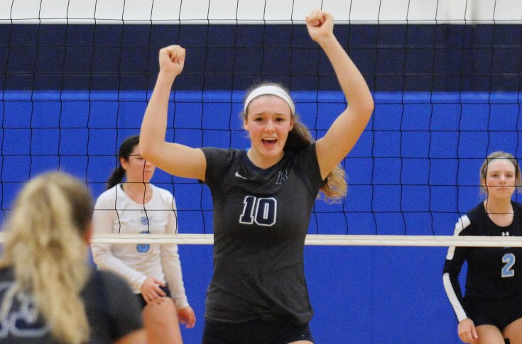 Women's Volleyball: Zargaj powers Raiders past Emmanuel
