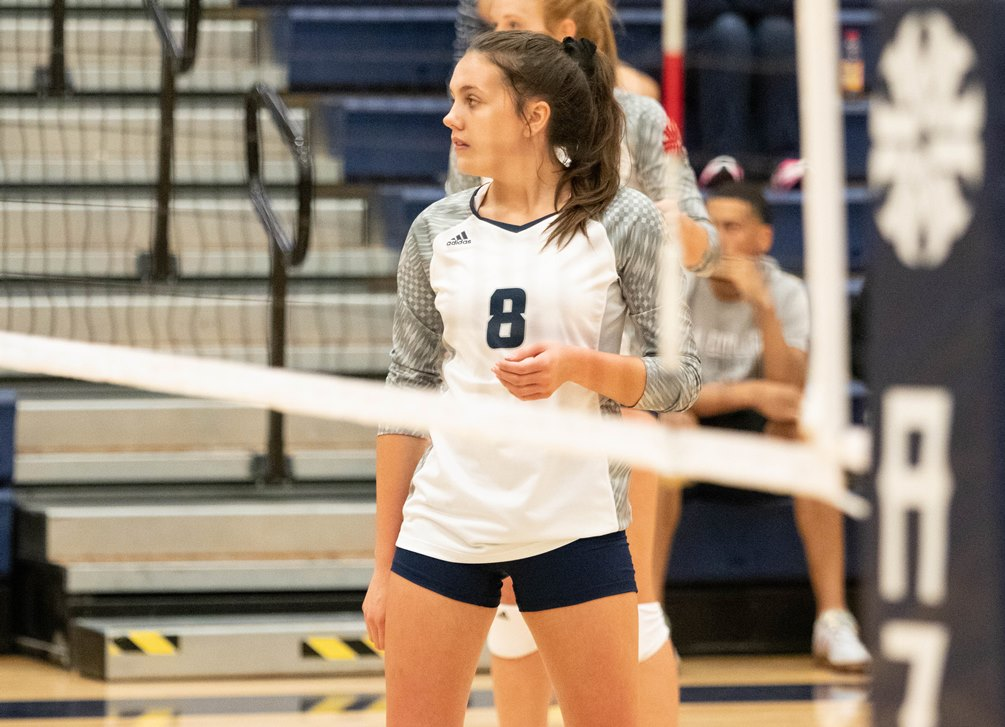 Freshman Kaitlyn Cook finished with a double-double of 25 assists and 13 digs but the Aztecs volleyball team fell short in the fifth-set tiebreaker at South Mountain Community College. The Aztecs are now 4-8 overall and 1-4 in ACCAC conference play. Photo by Stephanie Van Latum