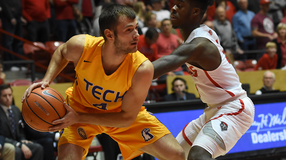 Golden Eagles rally, outrun New Mexico 104-96 in marathon in The Pit