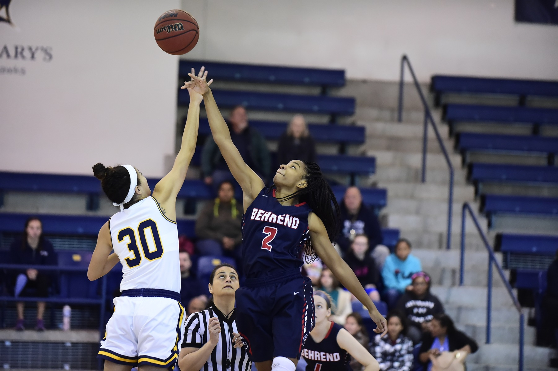 Women's Basketball Upsets Mt. Aloysius in AMCC Action