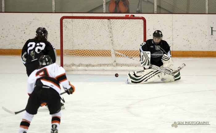 Nelson Makes 30 Saves, Eight Players Register a Point in 3-1 Win at UNE