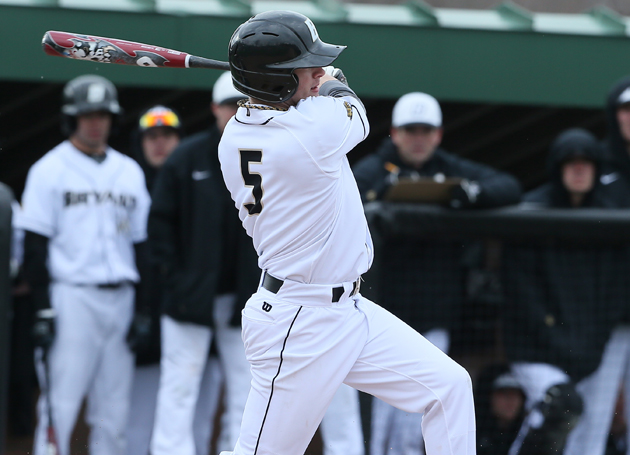 Bulldogs rally past CCSU, 5-3
