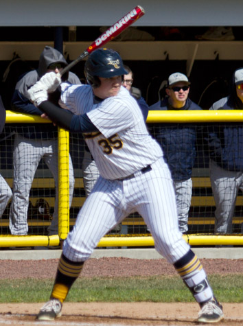Emory & Henry Baseball Splits An ODAC Doubleheader With Hampden-Sydney Saturday At Home