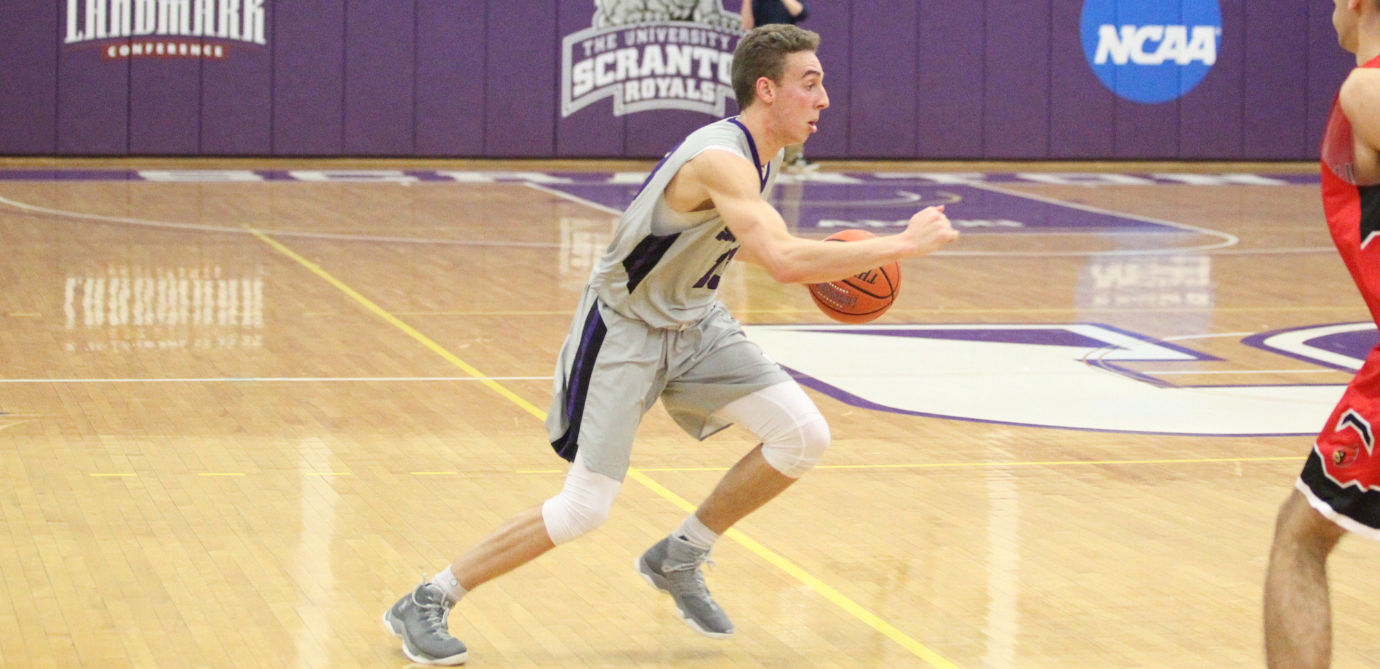 Sophomore Logan Bailey led Scranton with 17 points in a key Landmark Conference win at Catholic on Saturday. © Photo by Timothy R. Dougherty / doubleeaglephotography.com