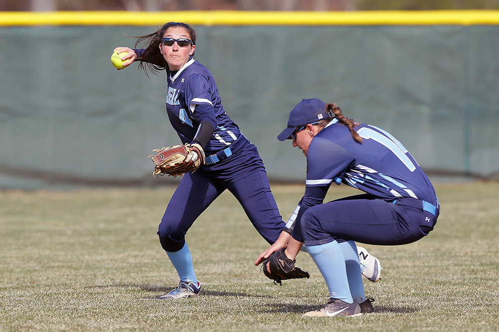 SB: Fitchburg State outslugs Lasell in softball twin bill