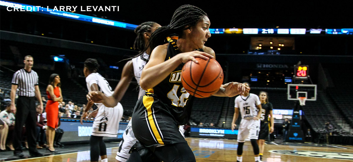 Moore led the Retrievers with eight points.