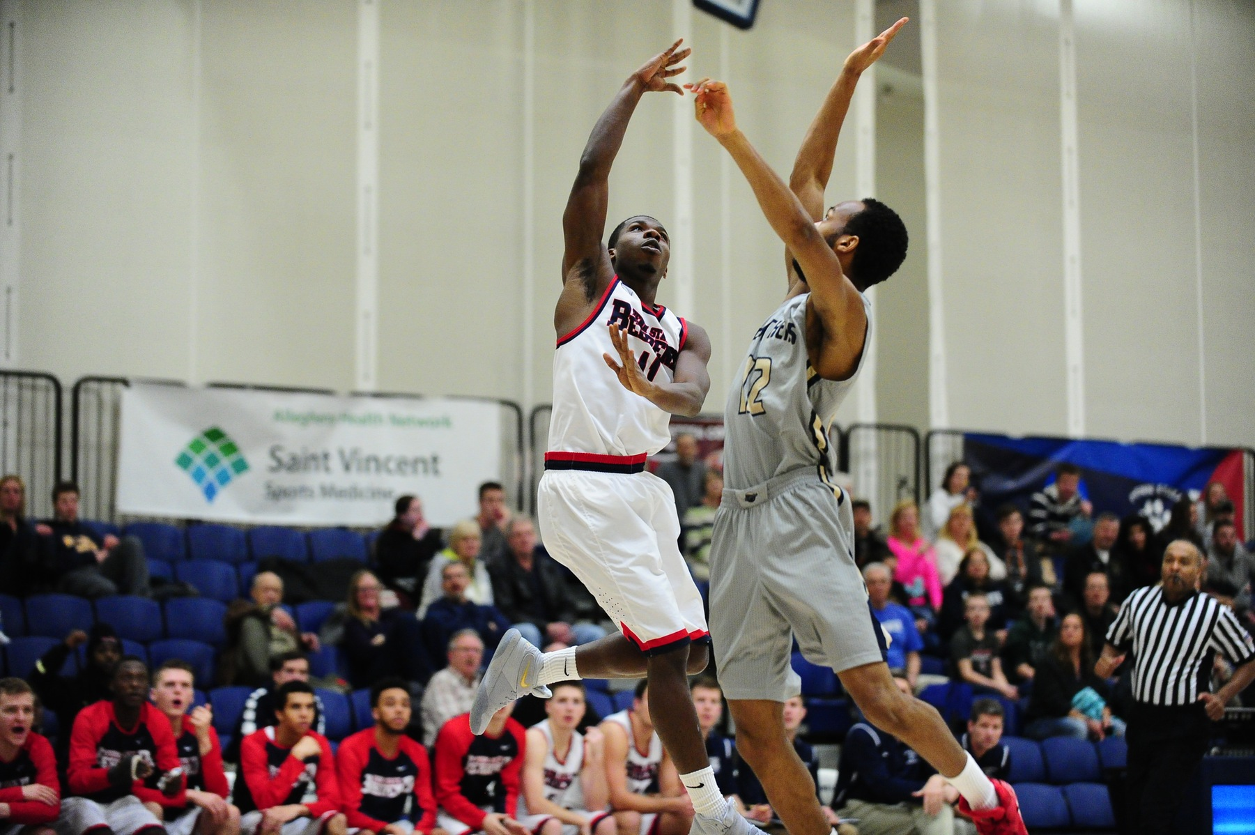 Men's Basketball Advances to ECAC Championship