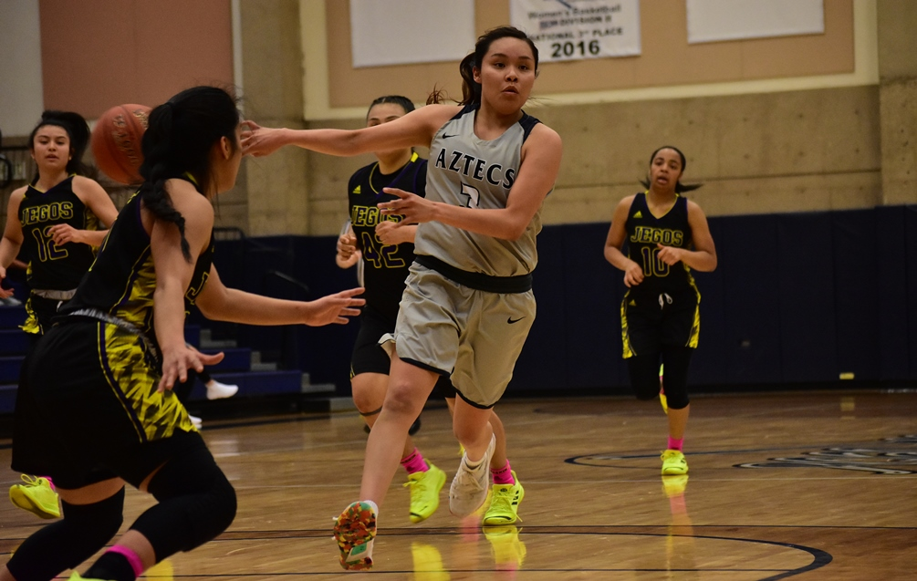 Sophomore Jacqulynn Nakai (Coconino HS) was hitting on all cylinders as she finished with 37 points, four rebounds and six assists. She went 5 for 7 from three-point range and was 14 for 16 from the free throw line. The Aztecs defeated Mesa Community College 78-70. It was their 10th win in the last 12 games. The Aztecs improved to 16-10 overall and 12-6 in ACCAC conference play. Photo by Ben Carbajal