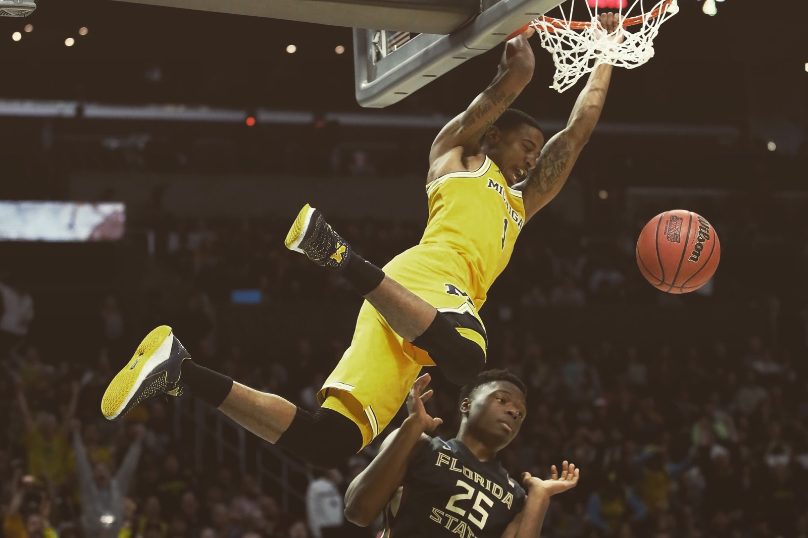 Charles Matthews '15 leads Michigan to the Final Four
