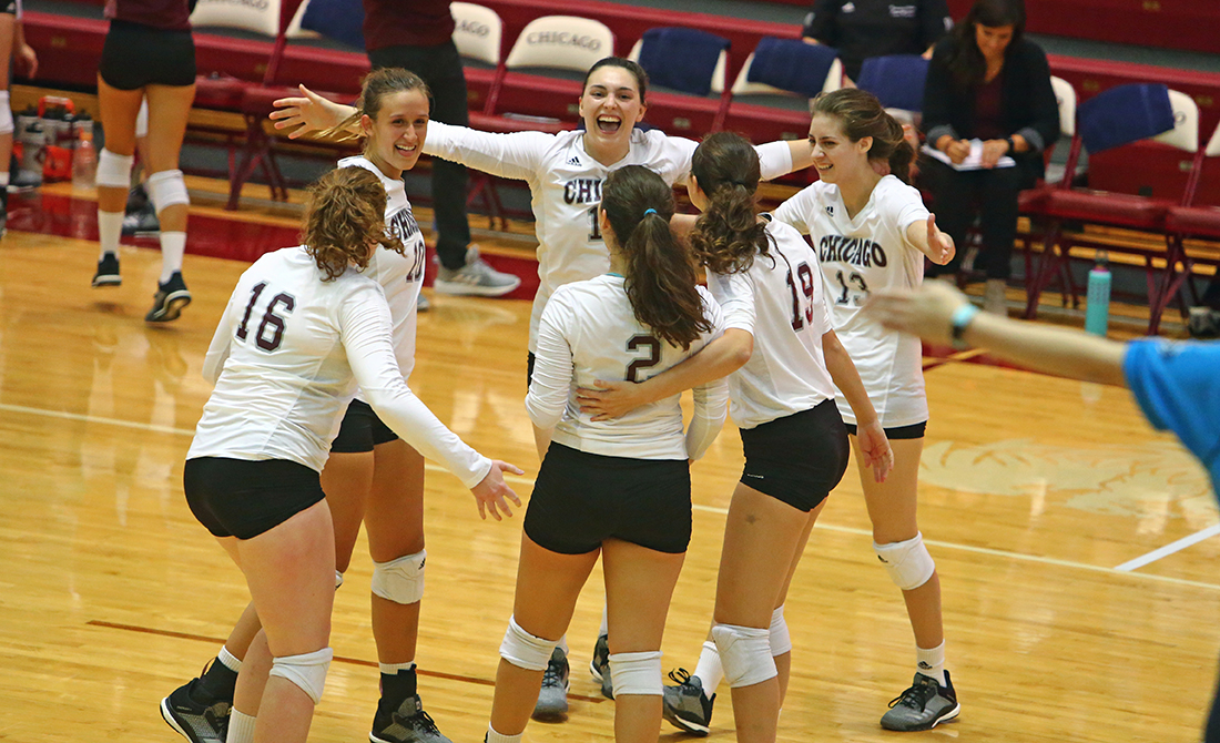 UChicago Volleyball Takes Down #15 UW-Eau Claire, Millikin
