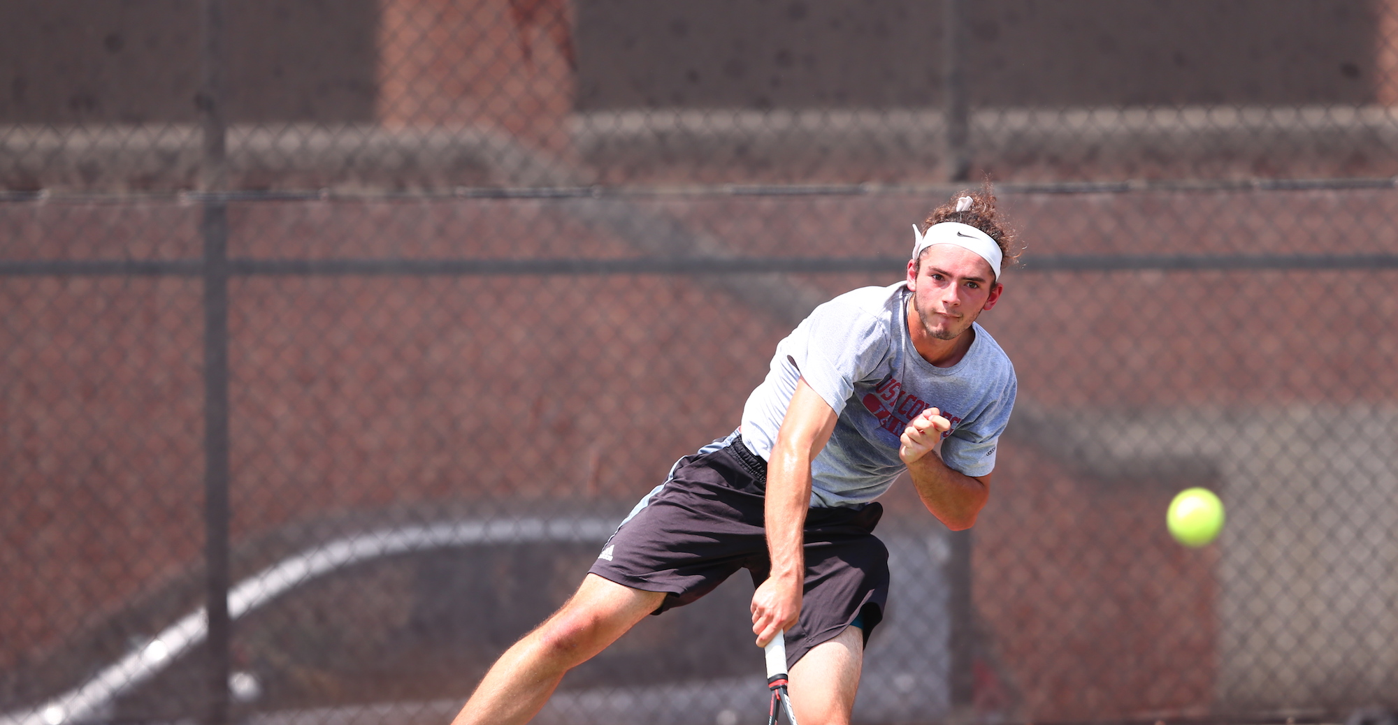 Men's Tennis Takes Down Texas Lutheran in SCAC Opening Round