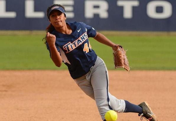 Taukeiaho and Antunez Sweep Big West Softball Player of the Week Awards