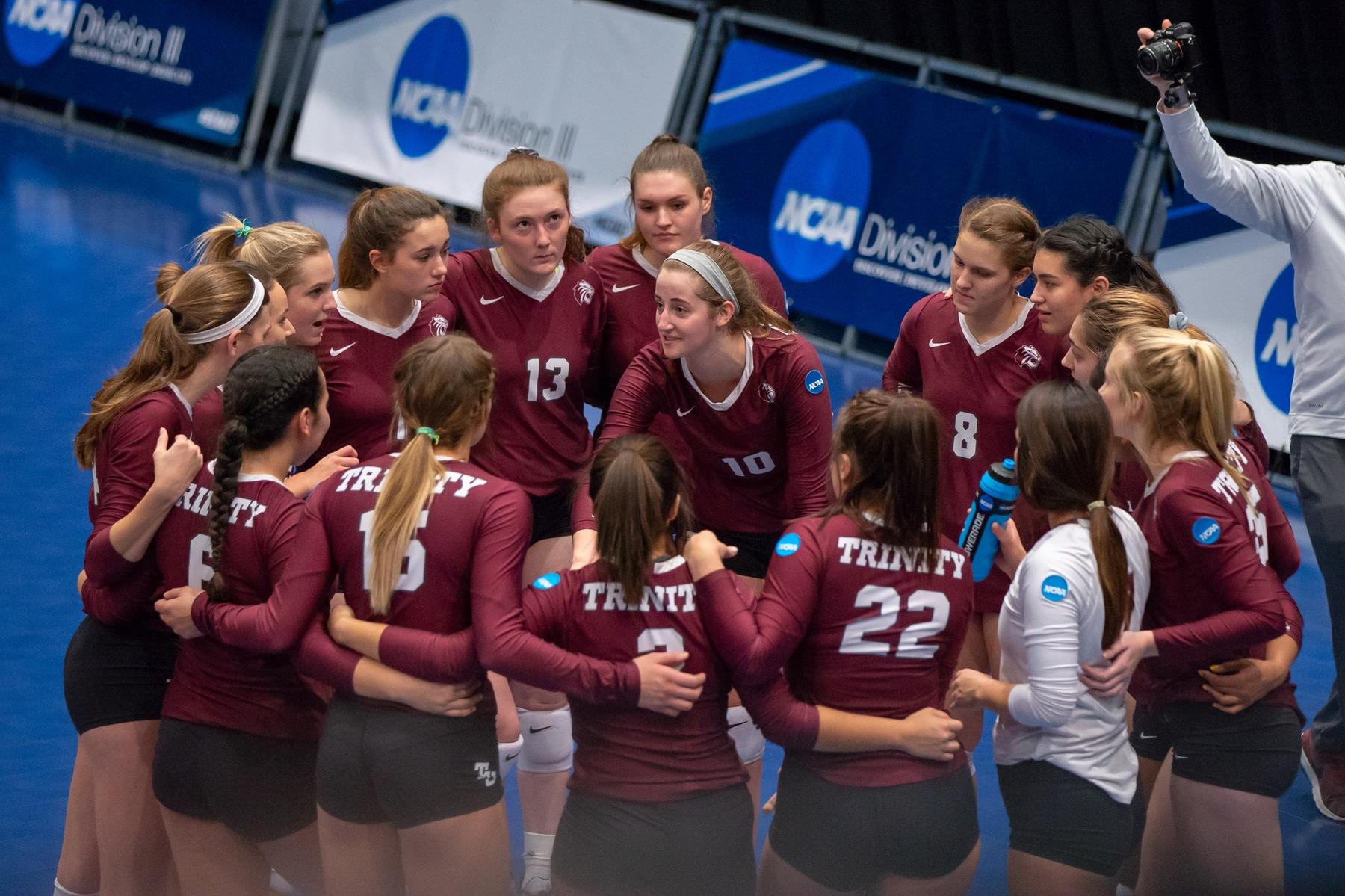 #7 Trinity Volleyball Falls to #6 Johns Hopkins in NCAA Semifinals