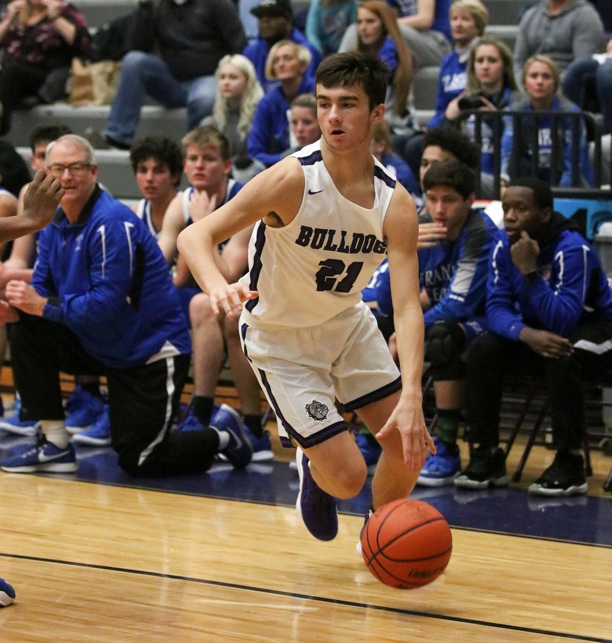 Career scoring night from Lucas helps No. 9/10 @bhsdogsbhoops top No. 10/19 Crispus Attucks