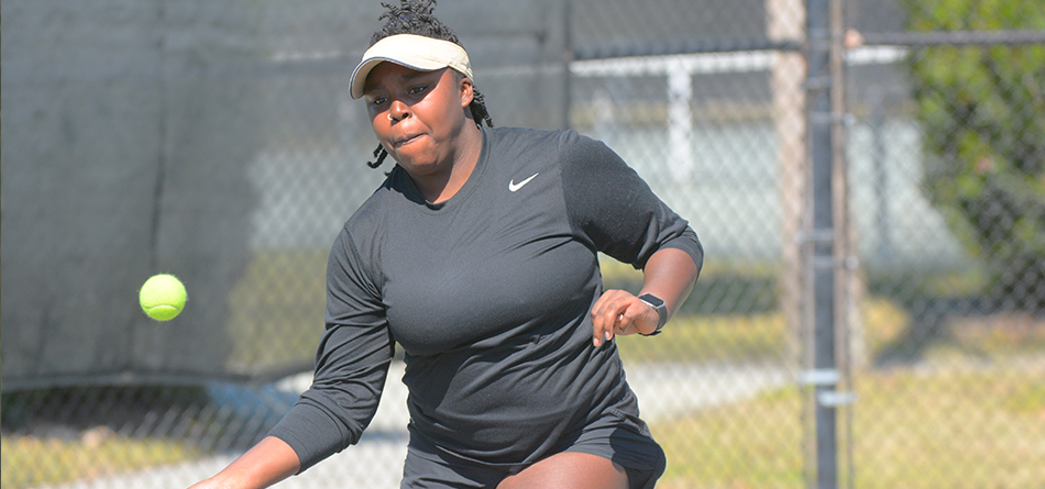 Senior Imani Robinson secured No. 3 singles in the 7-2 loss to Otterbien