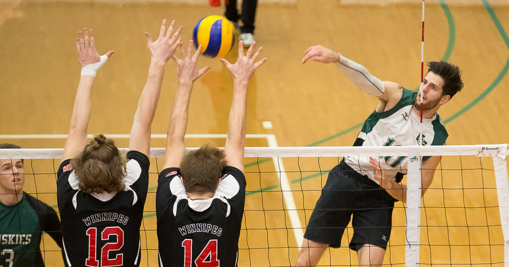 Men's volleyball falls in five sets to undefeated Winnipeg