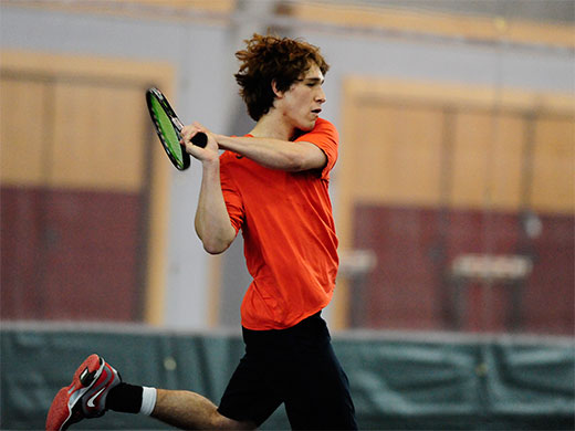 Men's tennis rolls to 7-2 win over #26 Swarthmore