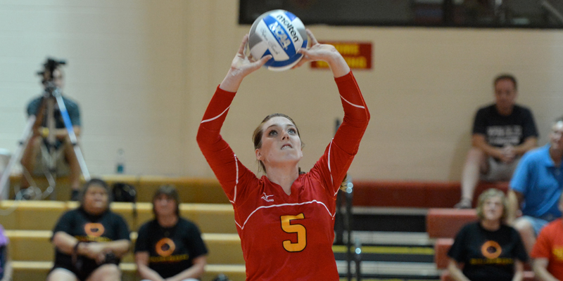 Volleyball opens season 2-2, Kieffer earns all-tournament honors