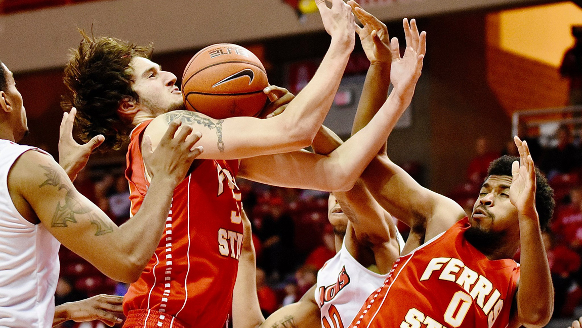 Ferris State Basketball Stays Close In Exhibition Setback At D1 Illinois State