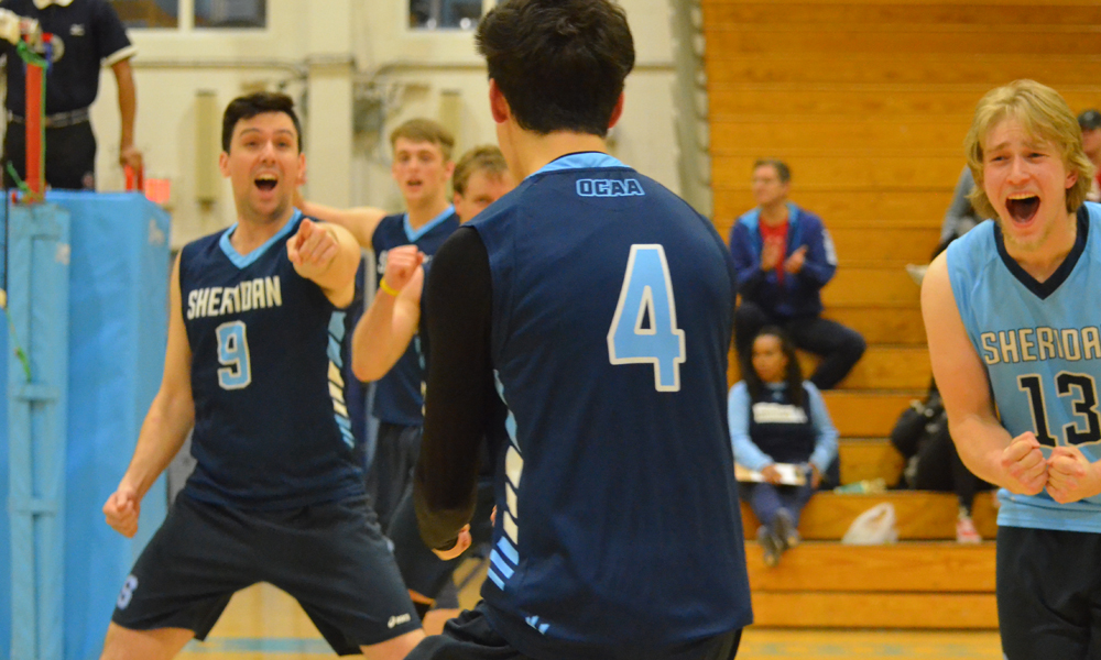Men's volleyball fall in second straight five-setter