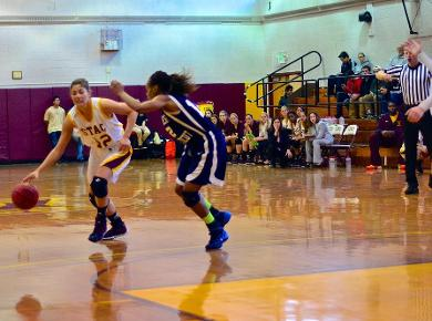 Lady Spartans Run Past Dowling to 76-55 Victory