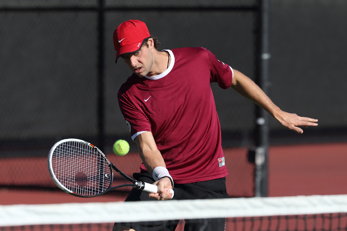 No. 60 Men's Tennis Tops Pacific 4-0 on Senior Day; John Lamble's 80th Career Win Clinches Match