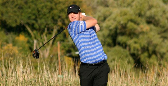 Jones ties for fourth at Elmhurst Spring Invitational
