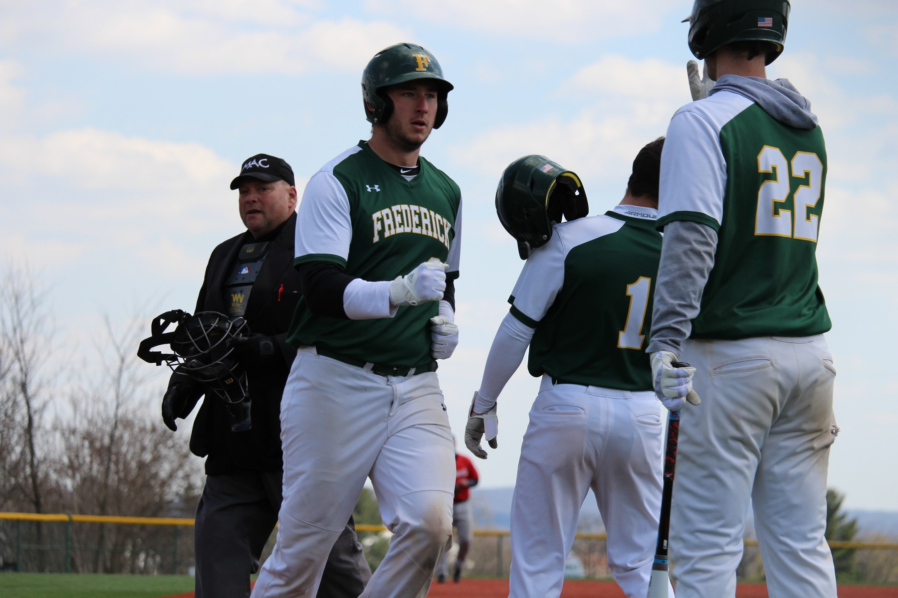 Baseball Dominates In Sweep Over CSM