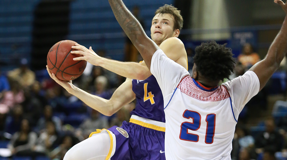 Offense comes alive as Golden Eagles soar to 87-68 victory at Eastern Illinois